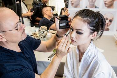 Το μακιγιάζ στο show Dior μας κάνει να θέλουμε να έρθει ο χειμώνας